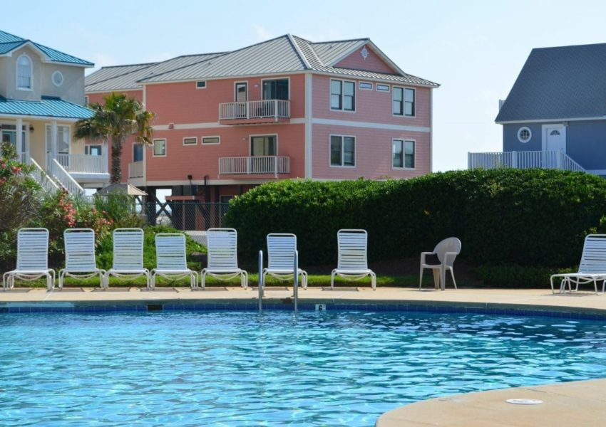 Luxuriate in The Surf And Sun This Summer With a Houston Charter Buses